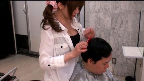 【画像】美容院の中で全裸セックスやエッチなサービスをする美容師www 33枚 No.3