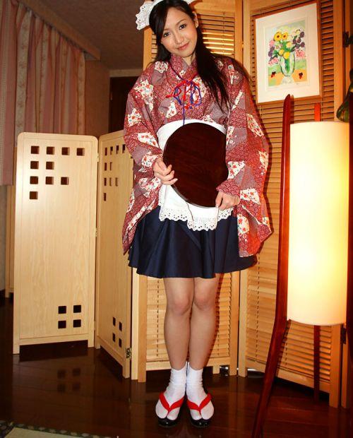 着物が乱れた和服美女がエロい目線で誘惑してくるエロ画像 33枚 No.9