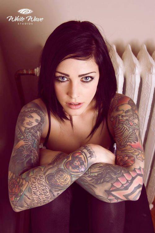 外国人美女たちの鮮やかなタトゥーが色っぽくてエロ過ぎるwww 36枚 No.2