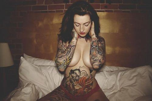 外国人美女たちの鮮やかなタトゥーが色っぽくてエロ過ぎるwww 36枚 No.25