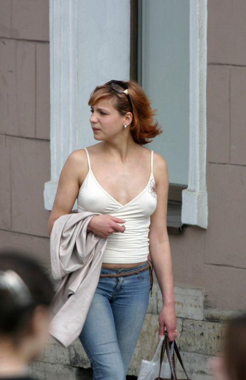 外国人はチクポチで乳首を見せるのが常識だと分かるエロ画像 34枚 No.2