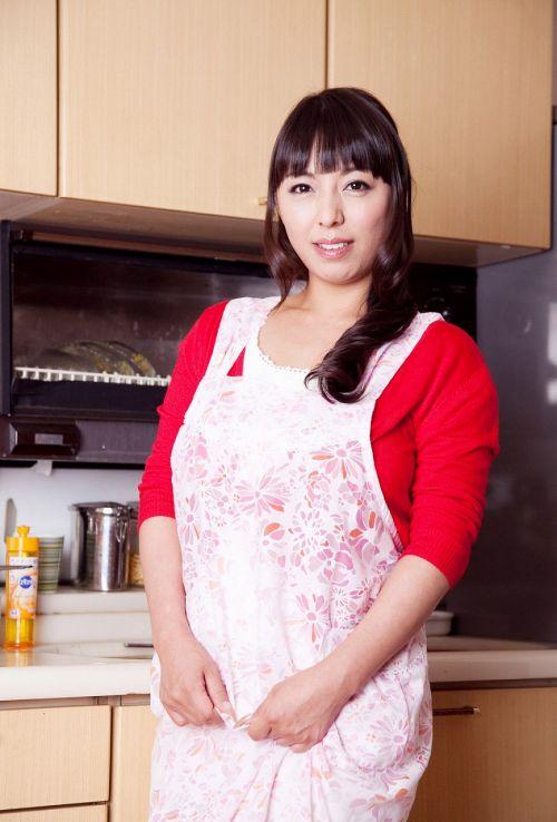 村上涼子(むらかみりょうこ)Gカップのムッチリ可愛い熟女!AV女優エロ画像 161枚 No.24
