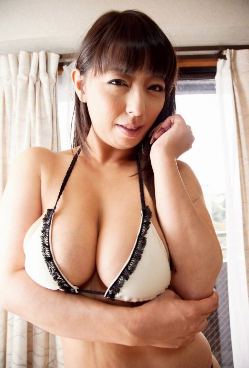 村上涼子(むらかみりょうこ)Gカップのムッチリ可愛い熟女!AV女優エロ画像 161枚 No.27