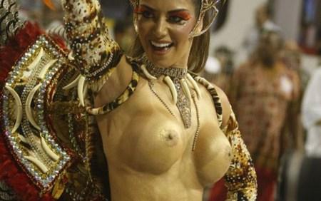 外国人がサンバカーニバルで過激におっぱいを露出しちゃうエロ画像 33枚 No.17