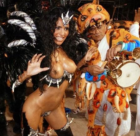 外国人がサンバカーニバルで過激におっぱいを露出しちゃうエロ画像 33枚 No.28