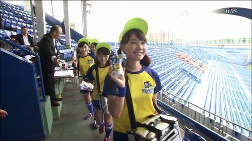 【即バボ】プロ野球場のビール売り子の笑顔が可愛いすぎwww 38枚 No.32