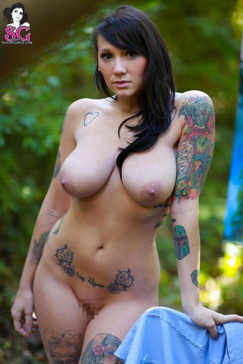 白人女性の刺青・タトゥーの洋柄や花柄が美しいエロ画像まとめ 33枚 No.20