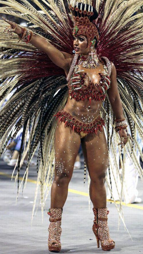 【画像】外国人のサンバカーニバルの太ももとお尻がデカくてエロ杉内www 33枚 No.20