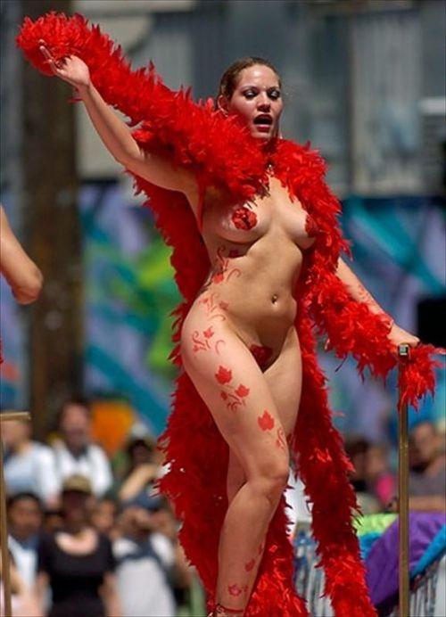 【画像】外国人のサンバカーニバルの太ももとお尻がデカくてエロ杉内www 33枚 No.26