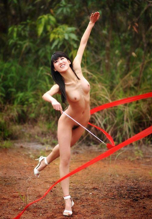 【全裸スポーツ】おっぱいマンコ丸出しでスポーツする女子アスリートwww 36枚 No.28