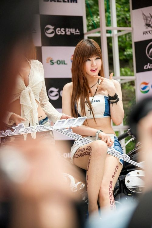 【韓流レースクィーン】整形に目をつぶればスタイル抜群の美女だらけなんだがwww 35枚 No.8