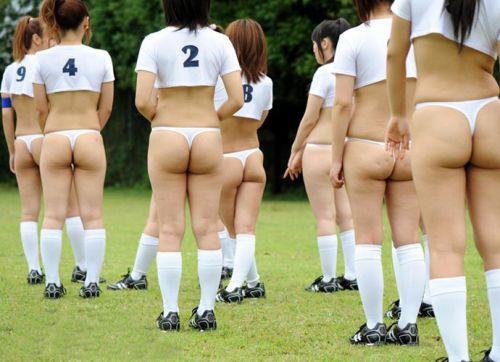 女子アスリートが引き締まった肉体で全裸スポーツしてるエロ画像! 31枚 No.20