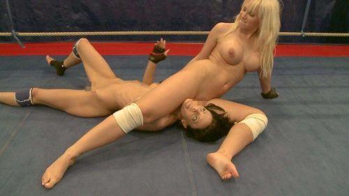 女子アスリートが引き締まった肉体で全裸スポーツしてるエロ画像! 31枚 No.21
