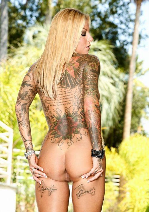 背中に刺青・タトゥーを大胆に入れちゃう外国人美女達のエロ画像 45枚 No.13