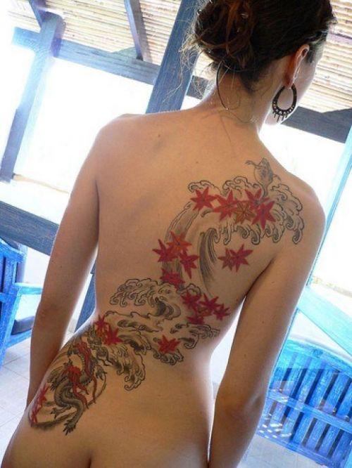 背中に刺青・タトゥーを大胆に入れちゃう外国人美女達のエロ画像 45枚 No.18