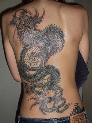 背中に刺青・タトゥーを大胆に入れちゃう外国人美女達のエロ画像 45枚 No.20