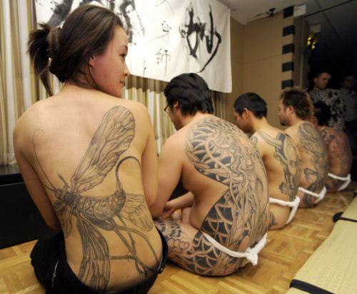 刺青を入れた女の子の股間やおっぱいにムラムラしちゃうエロ画像 34枚 No.4