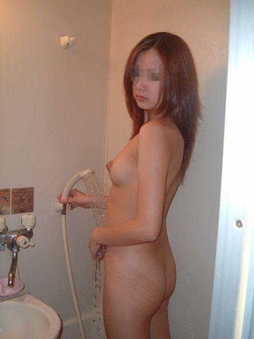 お風呂で洗髪してる女の子ってお湯でツヤツヤになっててエロいよなww 41枚 No.4