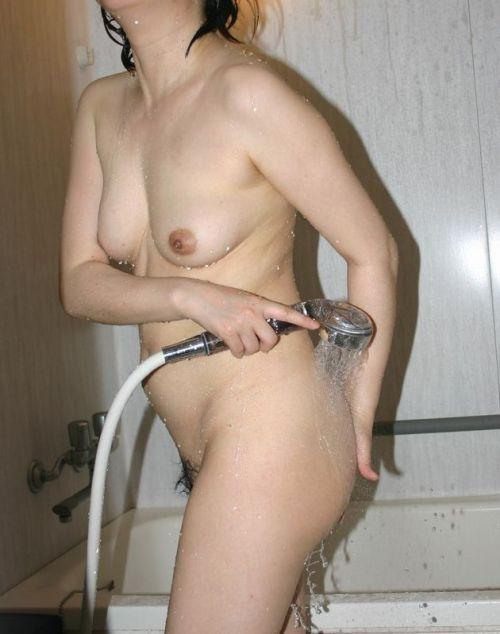 お風呂で洗髪してる女の子ってお湯でツヤツヤになっててエロいよなww 41枚 No.13