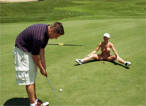 【画像】全裸でスポーツする外国人女性がグラマラスでエロ過ぎwww 37枚 No.21