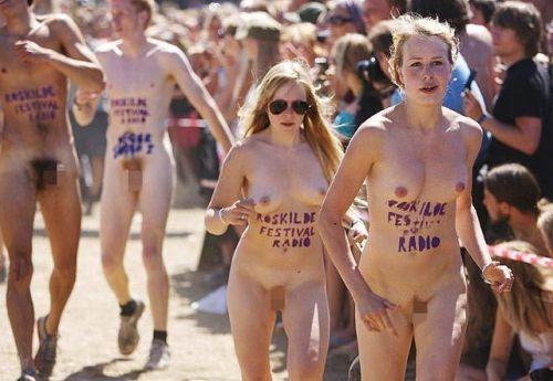 【画像】全裸でスポーツする外国人女性がグラマラスでエロ過ぎwww 37枚 No.25