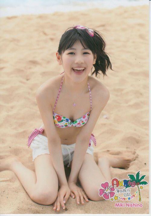 AKB48メンバーの胸チラにムラムラしちゃうお宝エロ画像まとめ 34枚 No.15