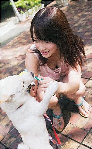 AKB48メンバーの胸チラにムラムラしちゃうお宝エロ画像まとめ 34枚 No.18