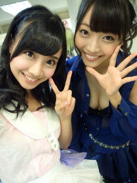 AKB48メンバーの胸チラにムラムラしちゃうお宝エロ画像まとめ 34枚 No.31