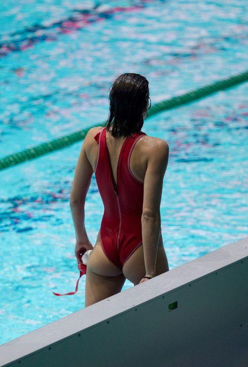 ガチ競泳女子選手の肩幅のデカさや逆三角形の脇肉にムラムラするエロ画像 33枚 No.5