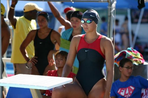 ガチ競泳女子選手の肩幅のデカさや逆三角形の脇肉にムラムラするエロ画像 33枚 No.6
