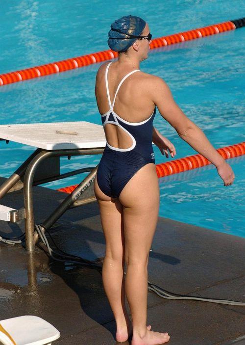 ガチ競泳女子選手の肩幅のデカさや逆三角形の脇肉にムラムラするエロ画像 33枚 No.21