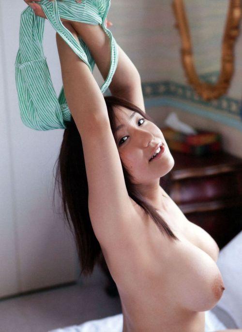 【腋フェチ】ツルツルで綺麗な腋を見せられるとホレてまうエロ画像 36枚 No.32