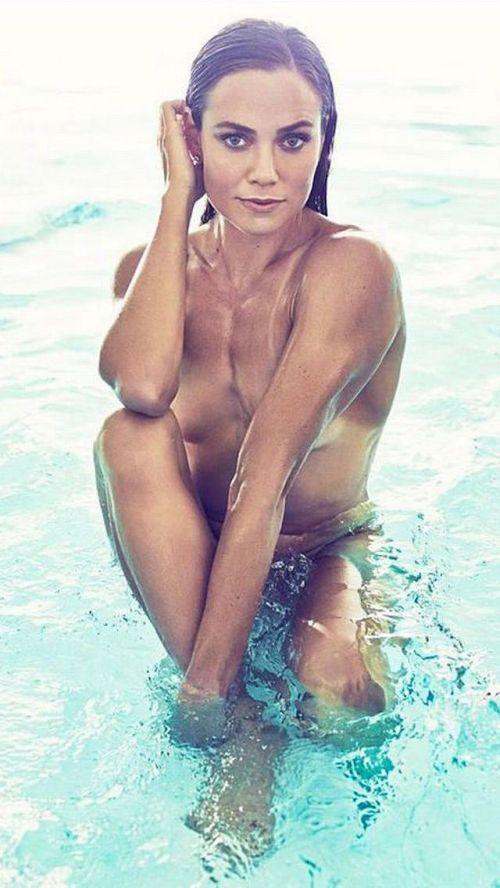 グラマラスな肉体で全裸マリンスポーツを楽しむ外国人のエロ画像 31枚 No.24