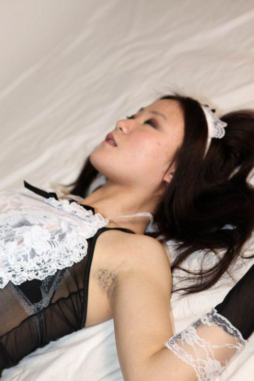 ワキ毛ボーボーな素人女性の腋の匂いに興奮しちゃうエロ画像 31枚 No.6