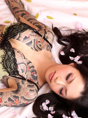 アジア系外国人のタトゥーが神秘的でセクシーなヌードエロ画像 41枚 No.23