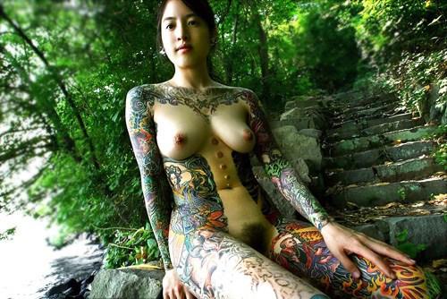 アジア系外国人のタトゥーが神秘的でセクシーなヌードエロ画像 41枚 No.32