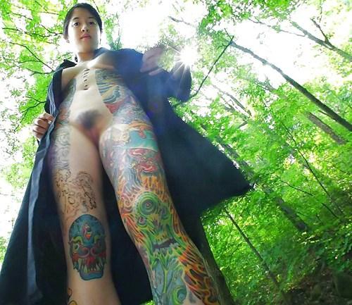 アジア系外国人のタトゥーが神秘的でセクシーなヌードエロ画像 41枚 No.40