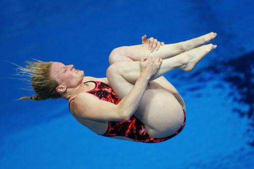 【画像】高飛び込み女子選手の引き締まった太ももと股間が卑猥過ぎるwww 37枚 No.4