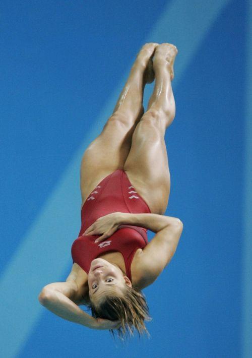 【画像】高飛び込み女子選手の引き締まった太ももと股間が卑猥過ぎるwww 37枚 No.6