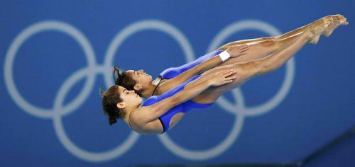 【画像】高飛び込み女子選手の引き締まった太ももと股間が卑猥過ぎるwww 37枚 No.8