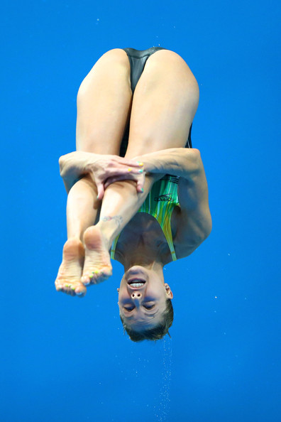 【画像】高飛び込み女子選手の引き締まった太ももと股間が卑猥過ぎるwww 37枚 No.16