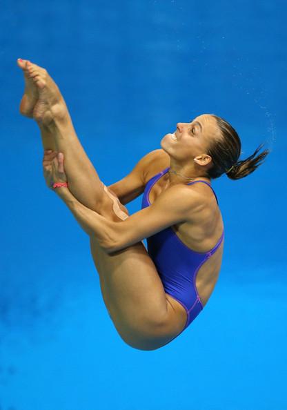 【画像】高飛び込み女子選手の引き締まった太ももと股間が卑猥過ぎるwww 37枚 No.22