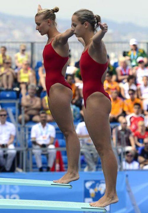 【画像】高飛び込み女子選手の引き締まった太ももと股間が卑猥過ぎるwww 37枚 No.28