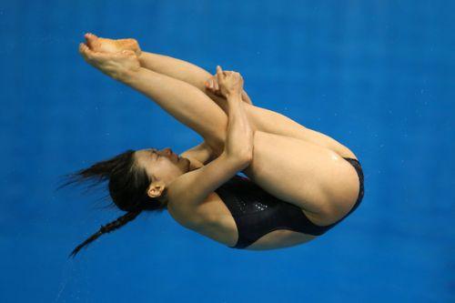 【画像】高飛び込み女子選手の引き締まった太ももと股間が卑猥過ぎるwww 37枚 No.31