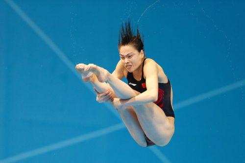 【画像】高飛び込み女子選手の引き締まった太ももと股間が卑猥過ぎるwww 37枚 No.32