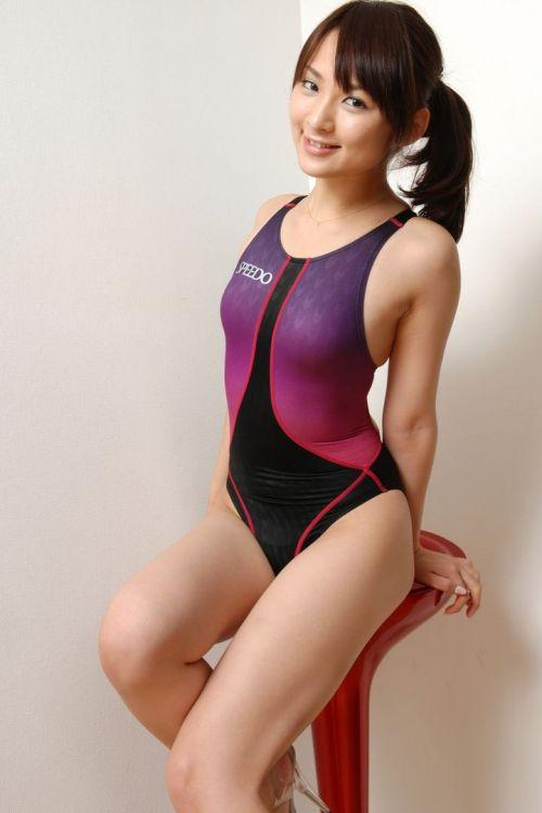 競泳水着のお姉さんのデカパイを揉みしだきたくなるエロ画像 34枚 No.13