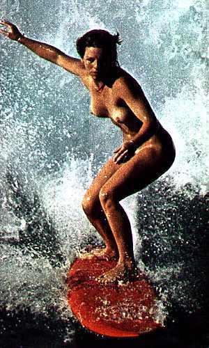 全裸でサーフィンしちゃう開放的な外国人達が超エロ楽しいそうww 36枚 No.22
