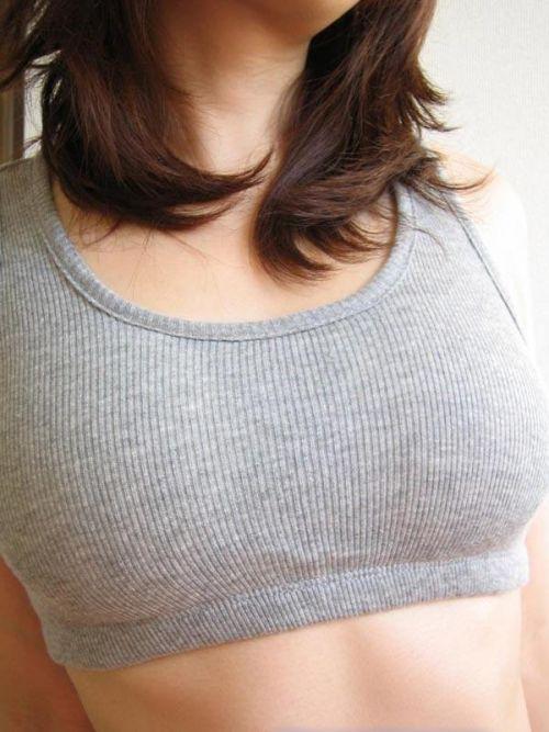 【乳首透け画像】日本でも流行って欲しいノーブラ乳首透けエロ画像 33枚 No.10