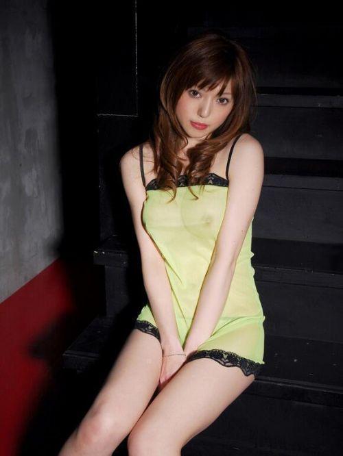 【乳首透け画像】日本でも流行って欲しいノーブラ乳首透けエロ画像 33枚 No.26