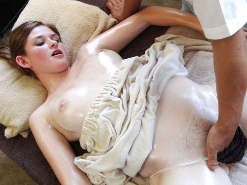 【画像】女性にエッチなマッサージが出来るという神職業がこちらですwww 35枚 No.9